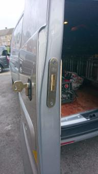 VW Transporter Deadlock